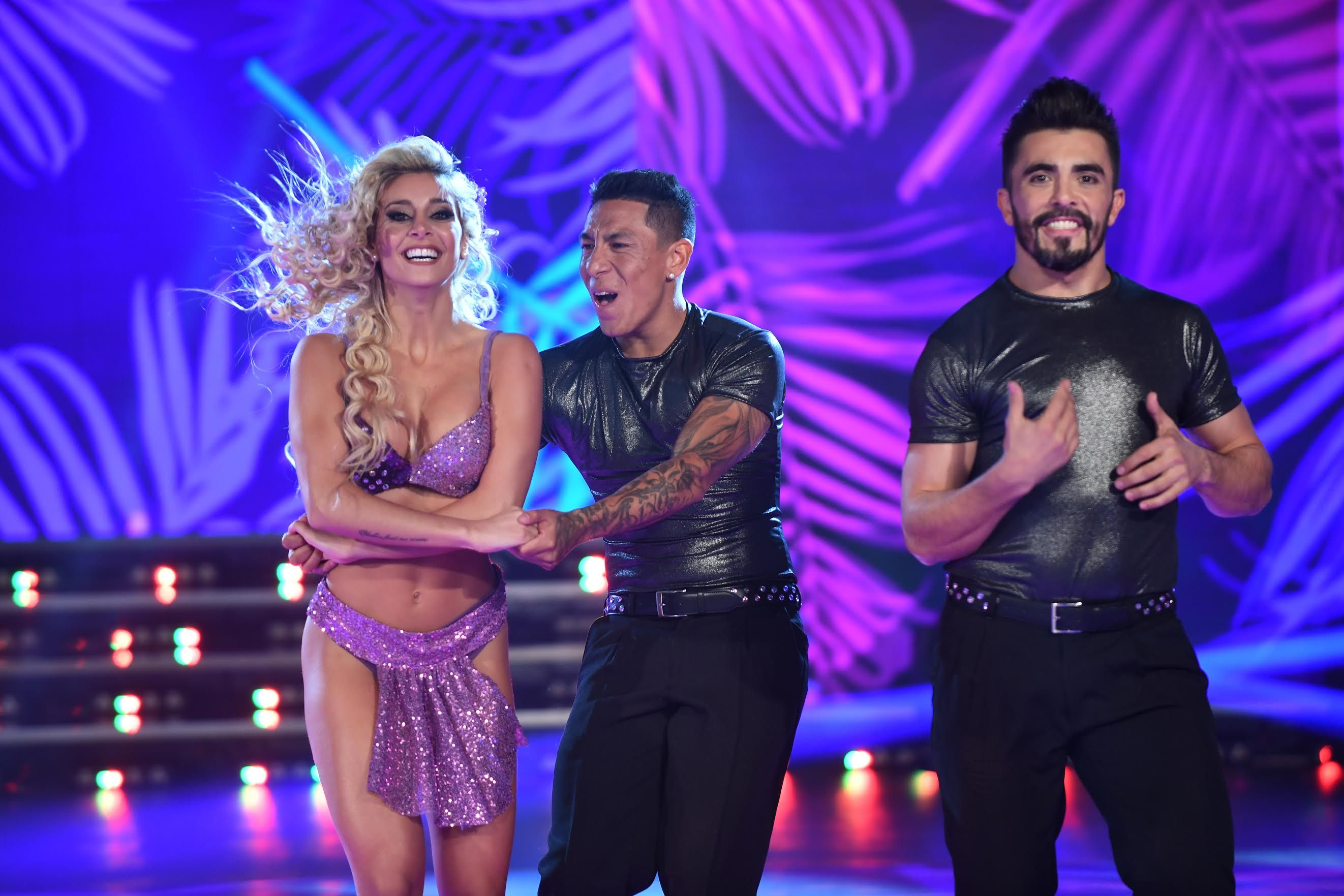 Brian Sarmiento baila con Sol Pérez y Fernando Bertona