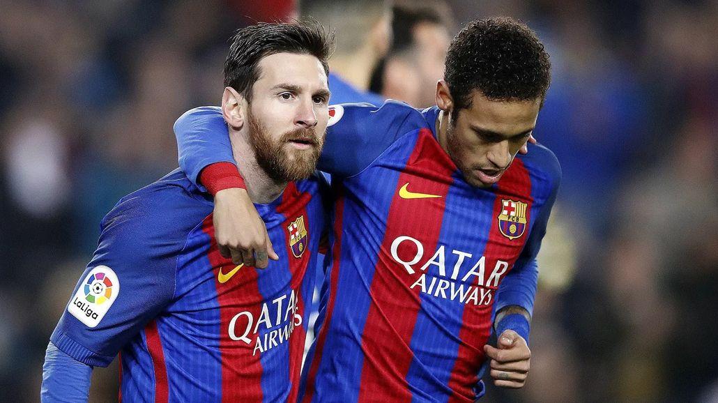 Messi y Neymar con la camiseta de Barcelona