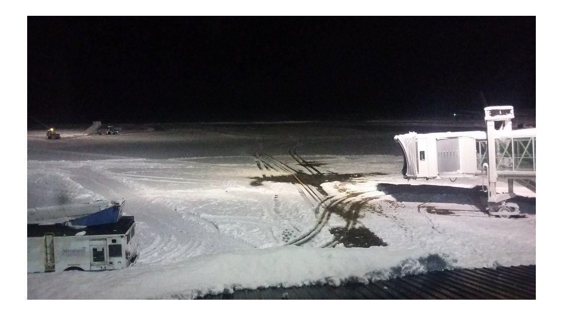Este domingo volvería a operar el aeropuerto de Bariloche (Foto: @SilviaESaucedo)