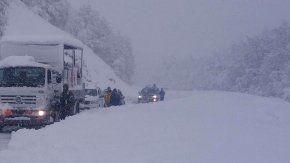 32 pasos fronterizos cerrados en la Cordillera por el temporal de nieve