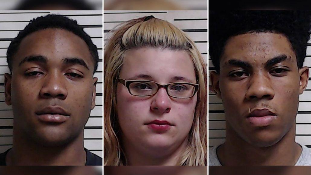 Los jóvenes transmitieron la violación a través de Facebook
