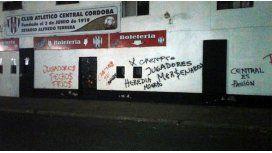 Pintadas en la sede de Central Córdoba