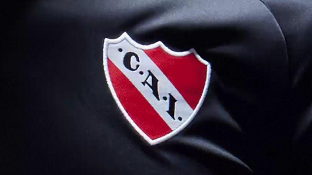 ¿Por qué Independiente jugará con camiseta negra ante Deportes Iquique?