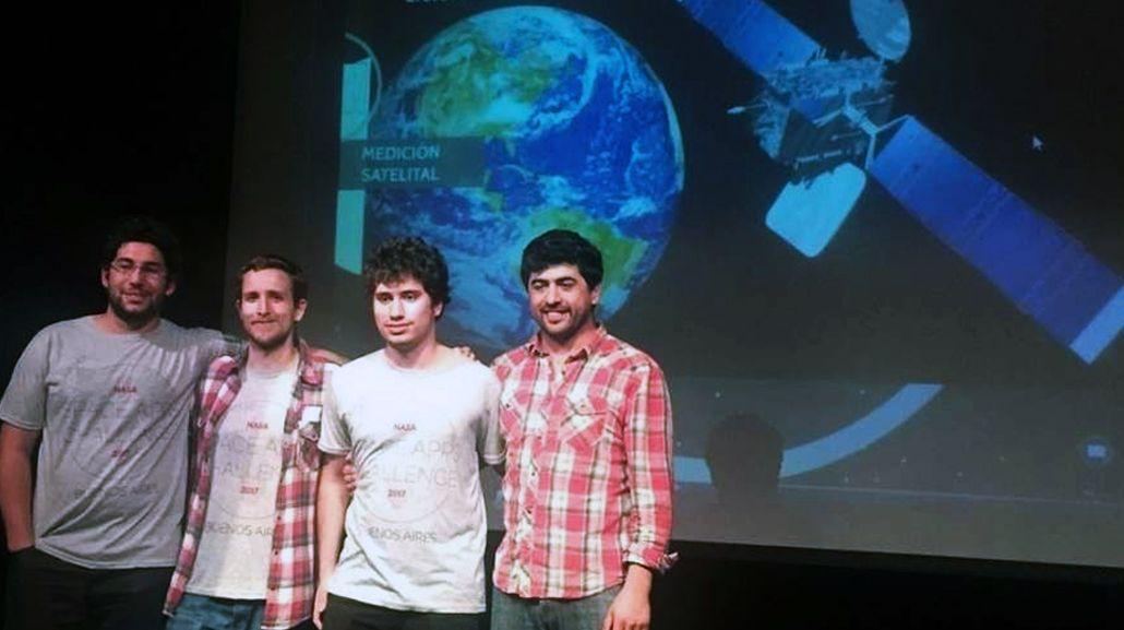 El equipo de jóvenes ganó el concurso pero aun no tiene la plata para viajar a Estados Unidos