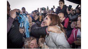 Cristina visitó a los trabajadores despedidos de Atucha