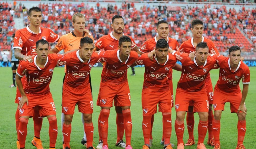 El Ruso Rodríguez denuncia que no tiene ni pelotas para entrenar en Independiente
