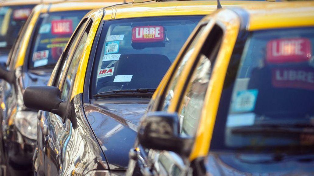 Aeroparque: un taxista secuestró a un pasajero porque no tenía para pagarle