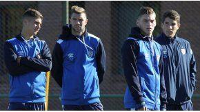 Domínguez, Grillo, Mancuso y Cáseres, cuatro pibes formados en el club (foto: sitio oficial Vélez)
