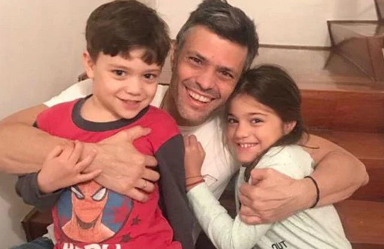 Leopoldo López ya está en su casa