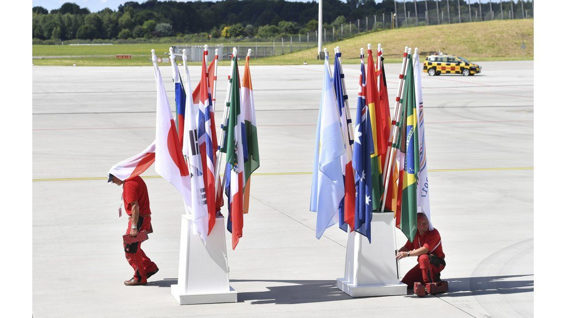 Preparativos para el G20 con las banderas de los países participantes