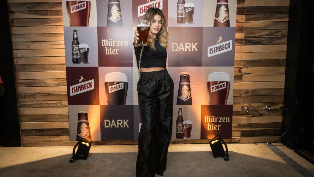 Natalie Pérez brindó con la Märzen Bier