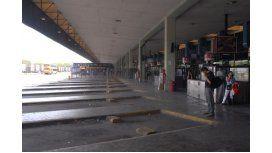 Terminal de Retiro casi vacía