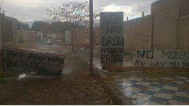 El curioso cartel que pusieron vecinos de Mendoza