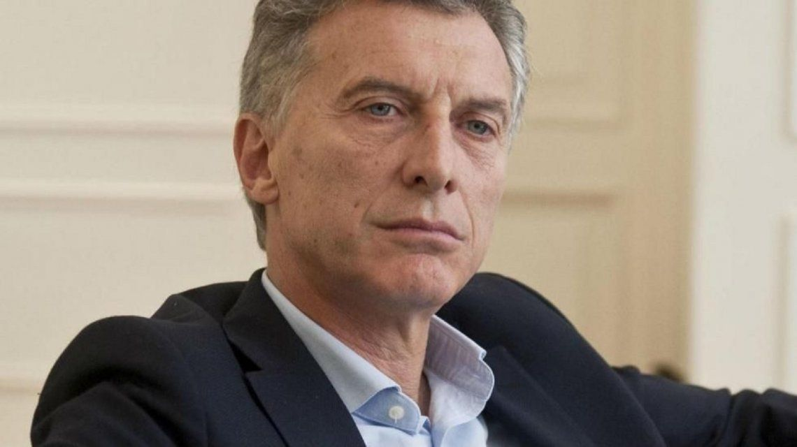 Denuncia contra Macri por la privatización del tercer satélite del país