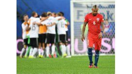 Los alemanes festejan y Vidal, emblema chileno, sufre