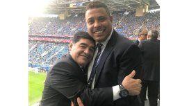 Maradona y Ronaldo, dos leyendas del fútbol