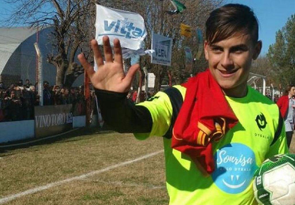 Golazo de Dybala en un partido a beneficio - Crédito: mundod.lavoz.com.ar
