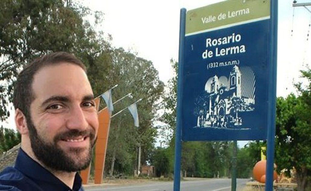 Los memes de Higuaín en el casamiento de Messi