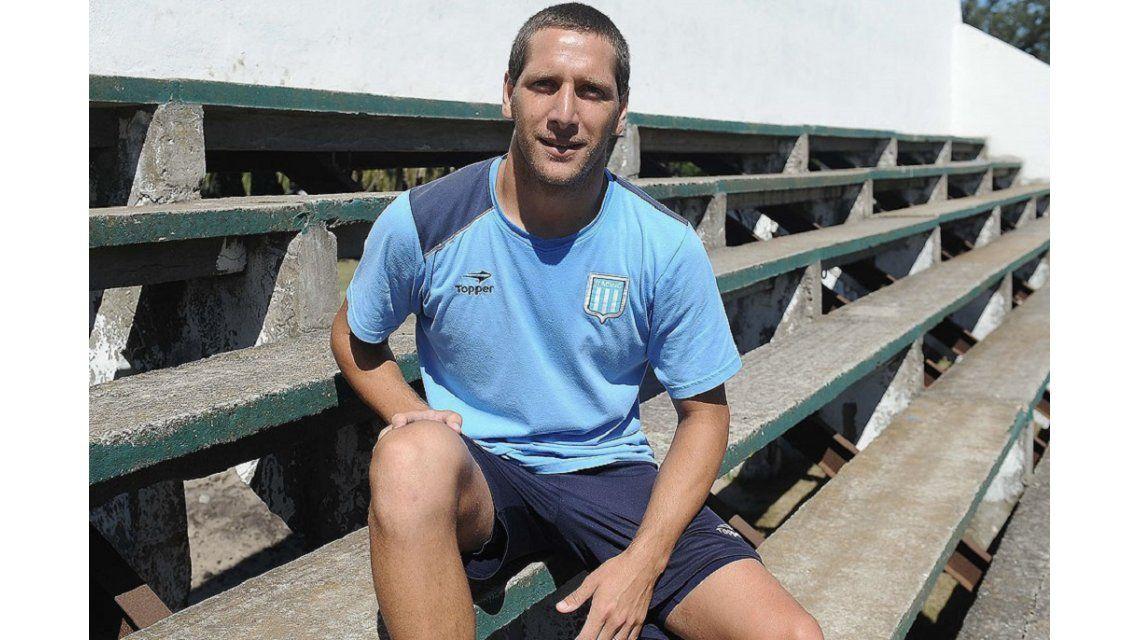 Aued se va de Racing y jugará en Universidad Católica de Chile