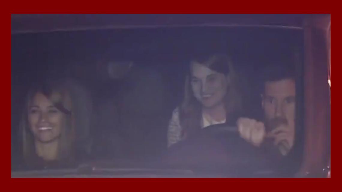 Así llegaron Lionel Messi y Antonella Roccuzzo al City Center de Rosario