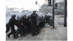 El gobierno advirtió que seguirá la intervención policial en protestas