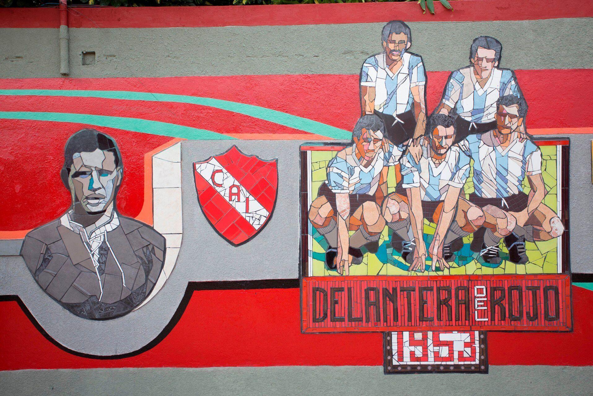 El mural Una Línea Roja de Independiente