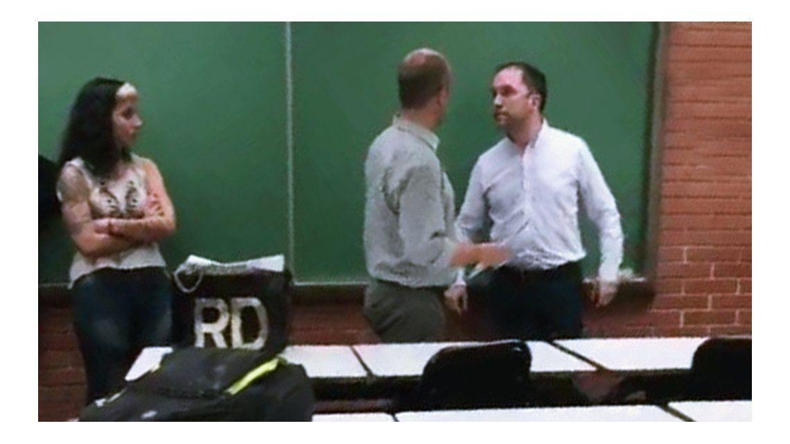 VIDEO: Un profesor universitario invitó a pelear a un alumno