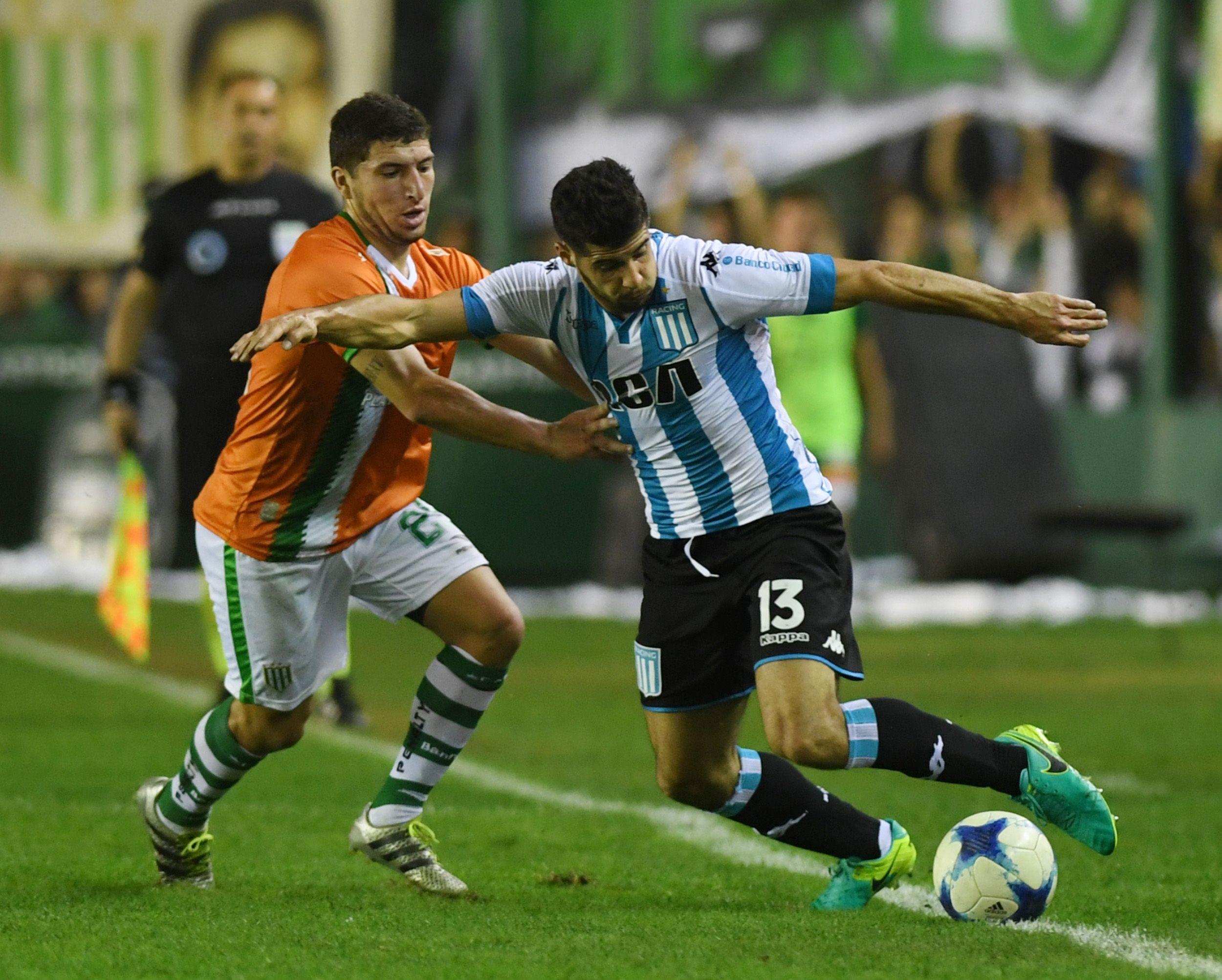 Racing superó a Banfield y quedó a un paso de jugar la Libertadores 2018
