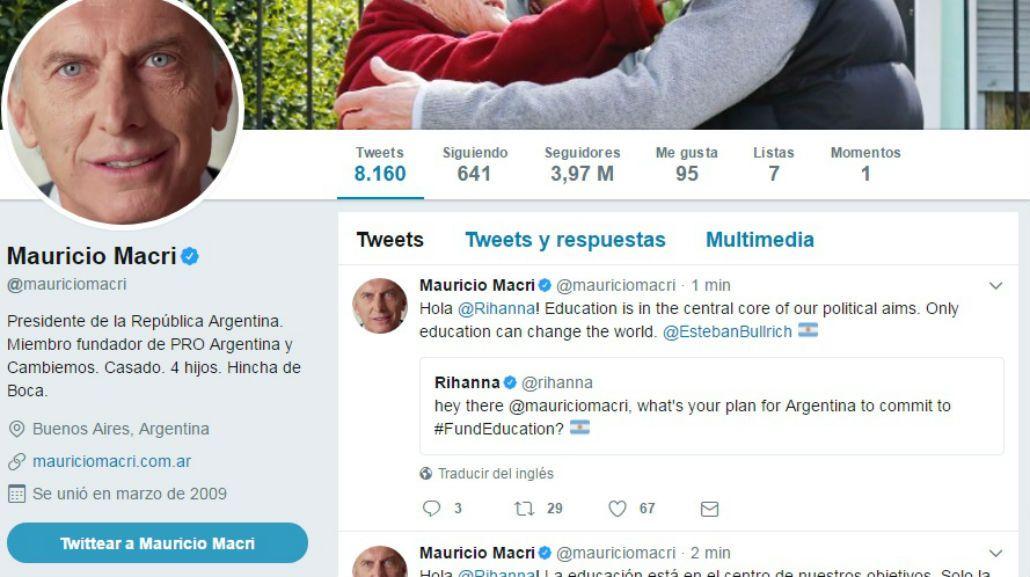 El presidente le contestó el tuit a Rihanna