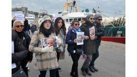 Los familiares de las víctimas piden que continúe la búsqueda (Imagen de archivo)