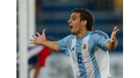 Javier Pinola con la camiseta de la Selección Sub 20