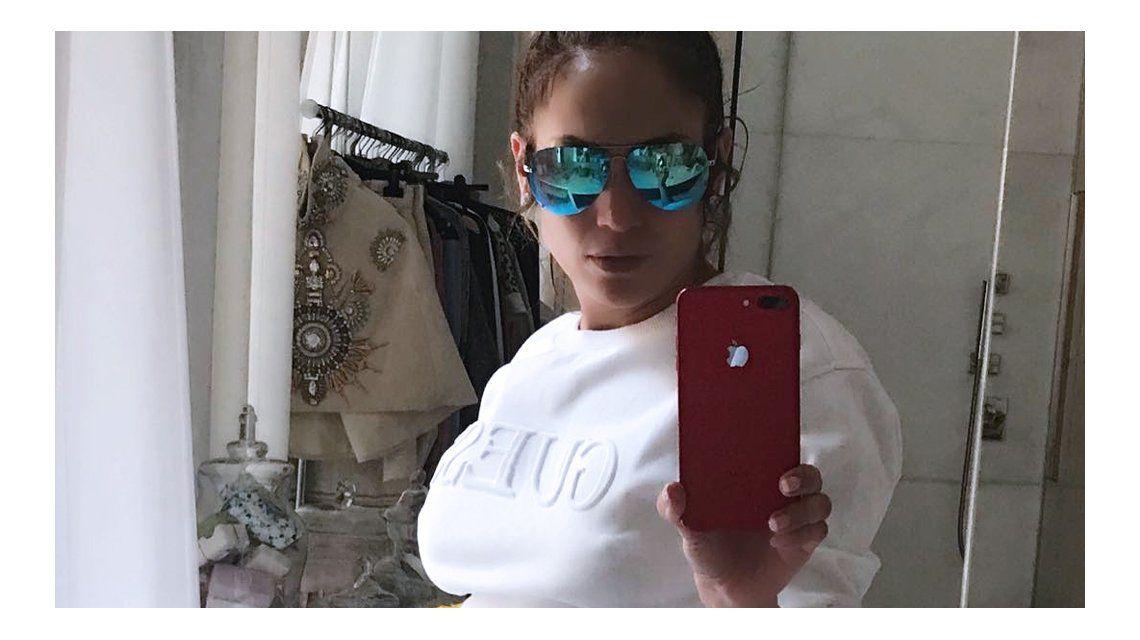 Jennifer Lopez abusa del retoque digital