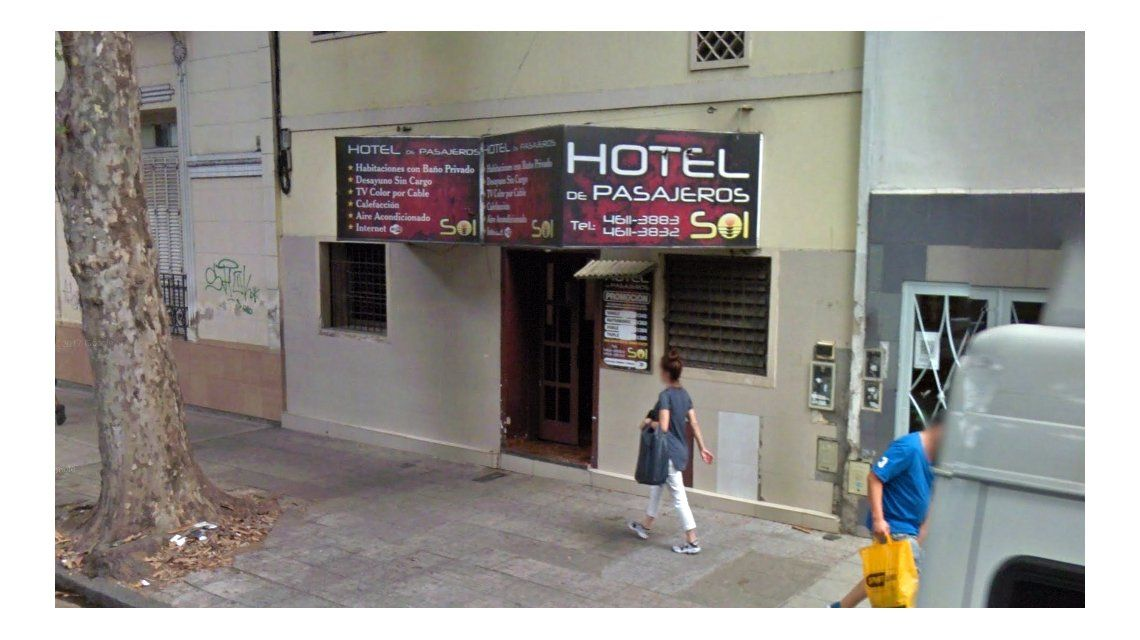 Este es el hotel donde la hacía prostituirse con 10 hombres por día