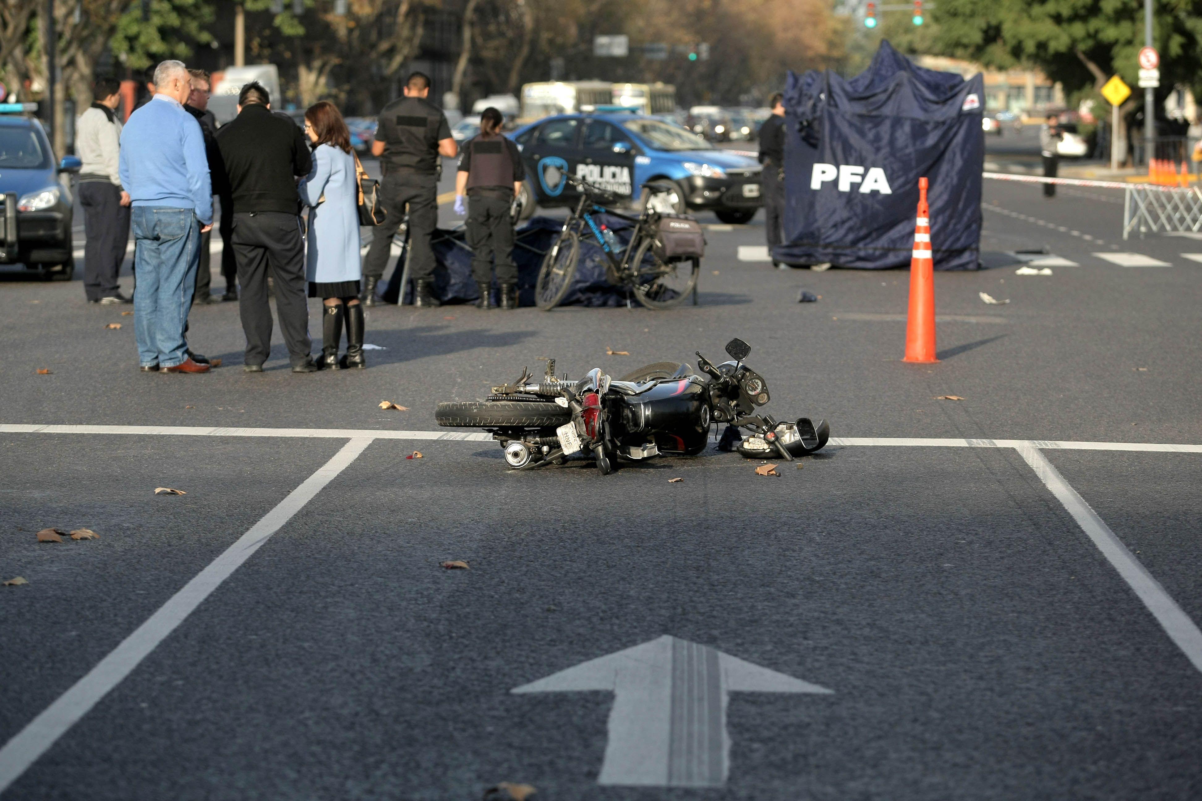 Dos motochorros muertos durante un robo en Retiro