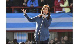 La ex presidenta confirmó su candidatura: estará acompañada por Taiana