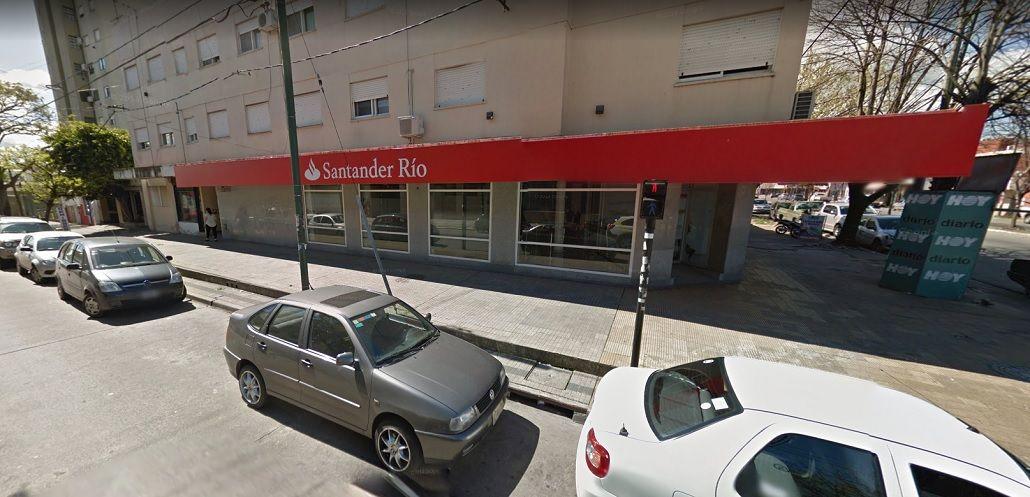 Golpe comando en La Plata: se robaron un millón de pesos en un banco