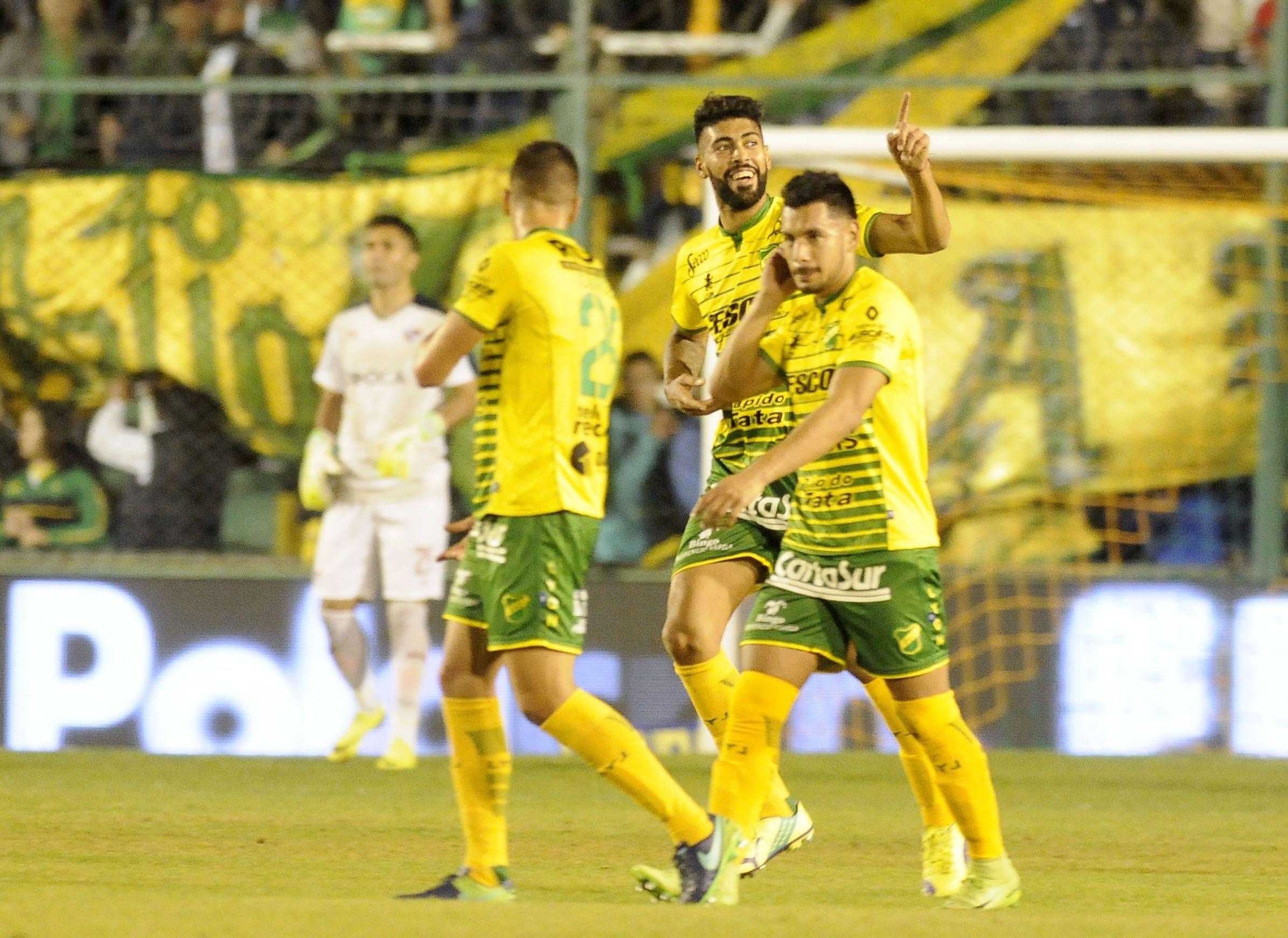 Defensa y Justicia goleó a Atlético Tucumán y sueña con la Sudamericana