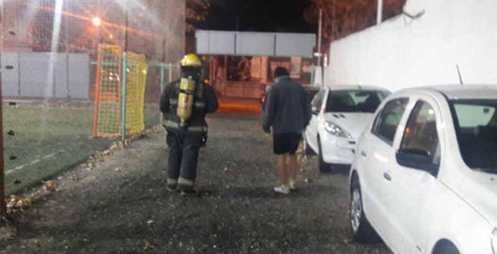 Mendoza: hacían un asado y llegaron los bomberos para apagar el fuego