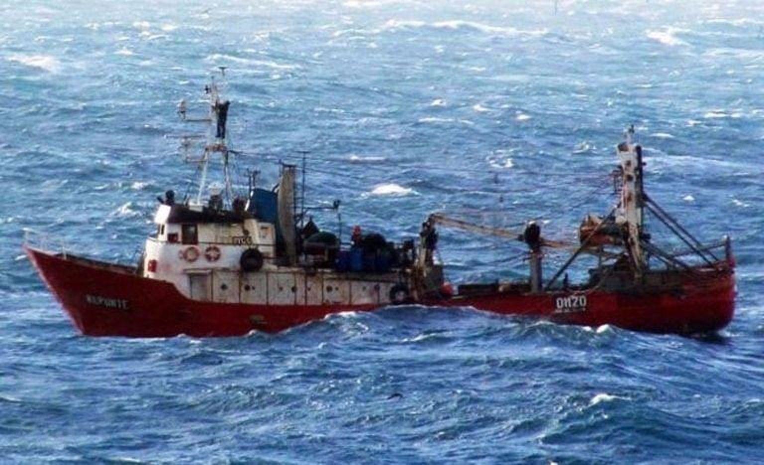 Se hundió un buque pesquero marplatense cerca de Rawson