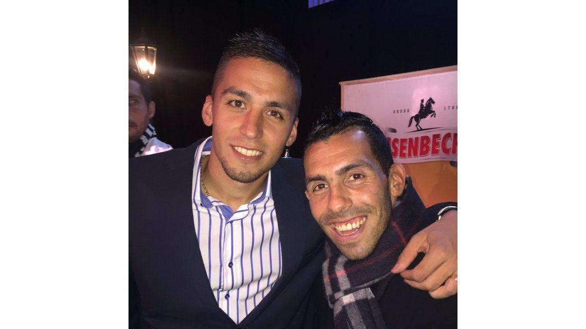 Tobio se puso del lado de Tevez en la interna con Riquelme