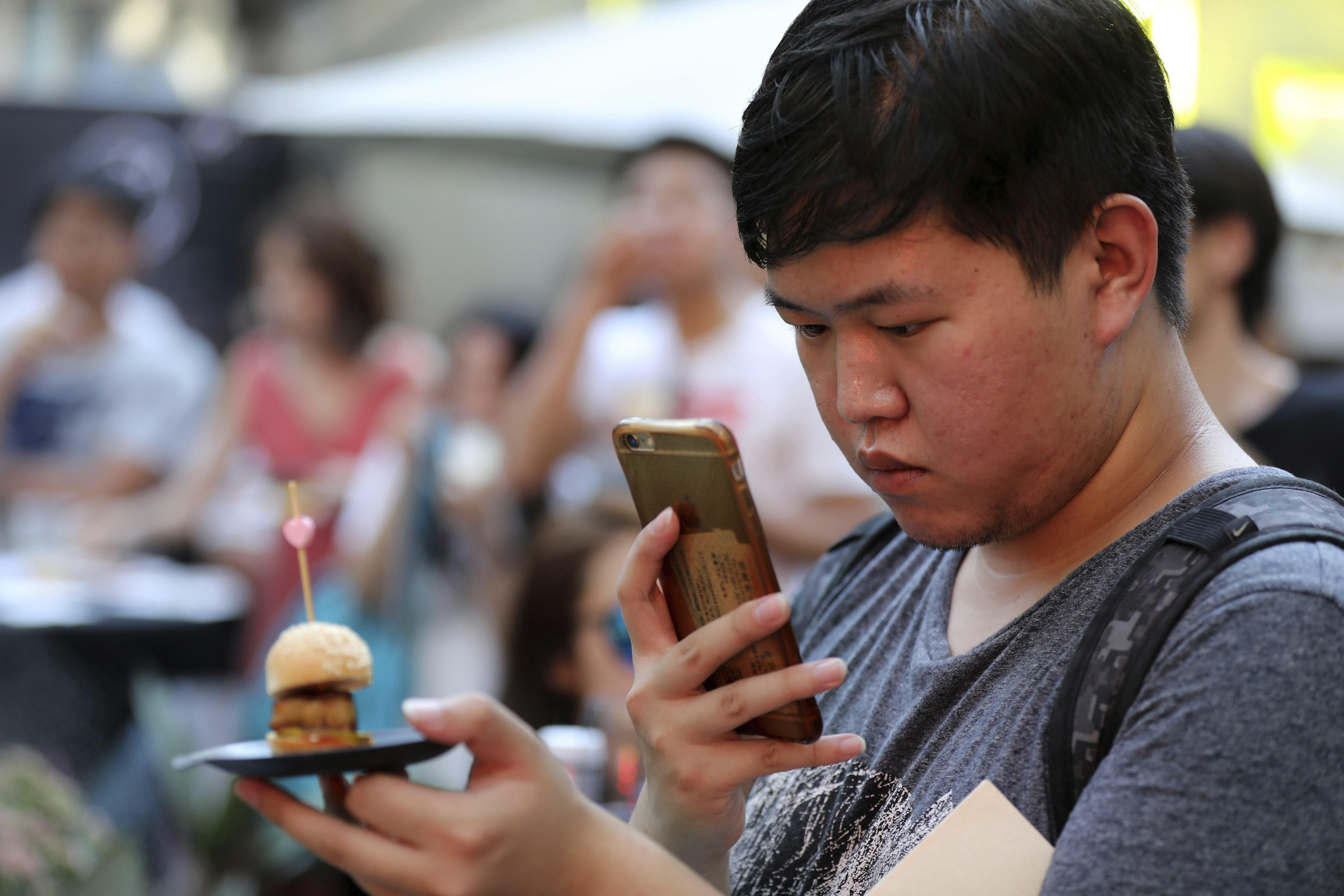 Un foodie chino comparte la experiencia del Día Mundial de las Tapas