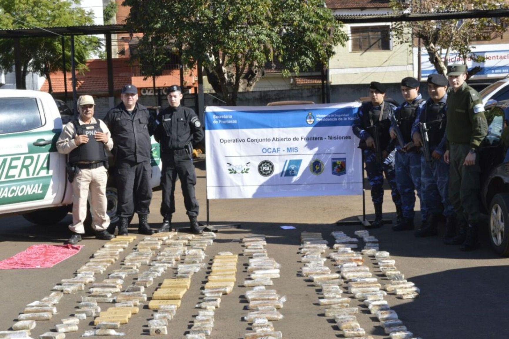 Cae un pastor evangélico que viajaba a la Patagonia con 131 kilos de marihuana