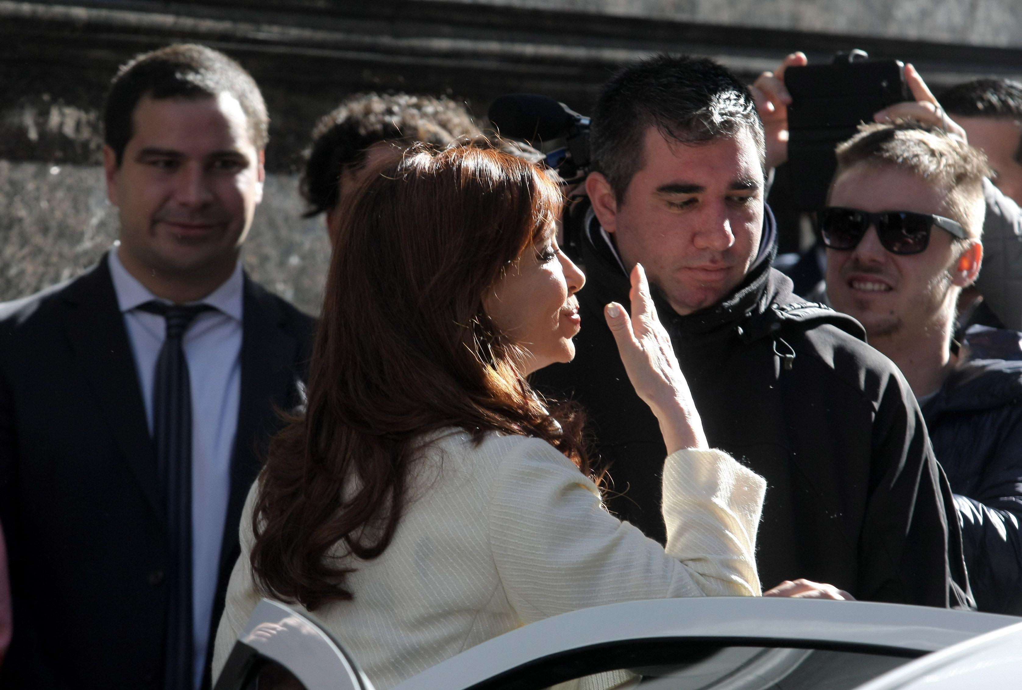 El desconsolado llanto de una florista a Cristina Kirchner