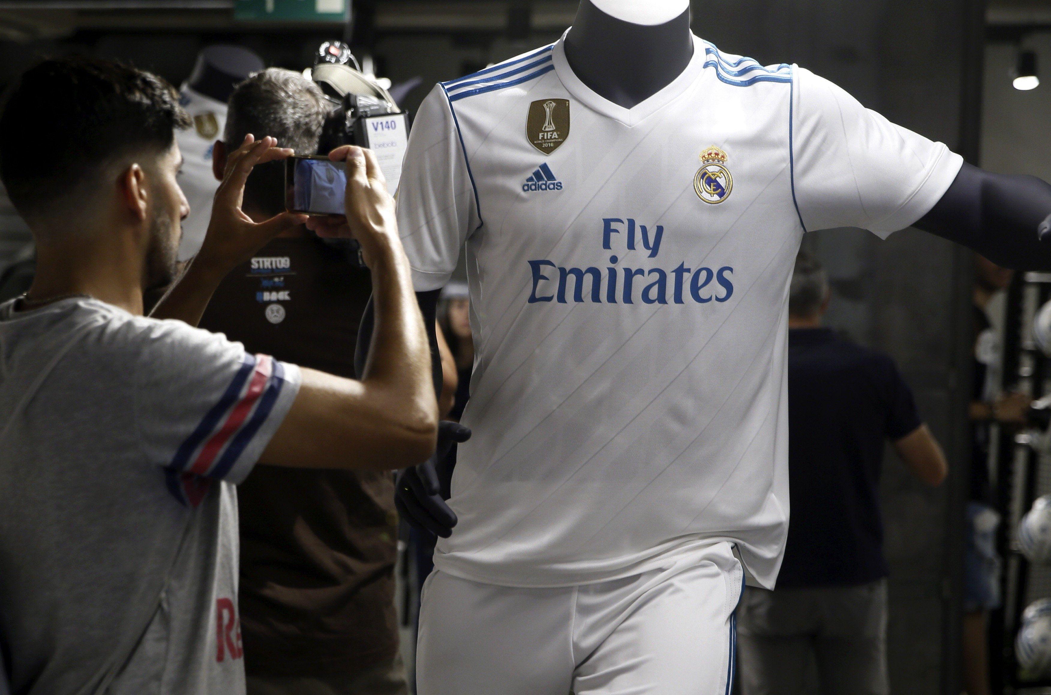 Los fanáticos del Real ya pueden adquirir su nueva camiseta
