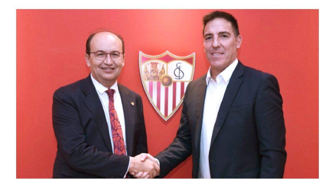 El DT argentino junto al Presidente del club andaluz