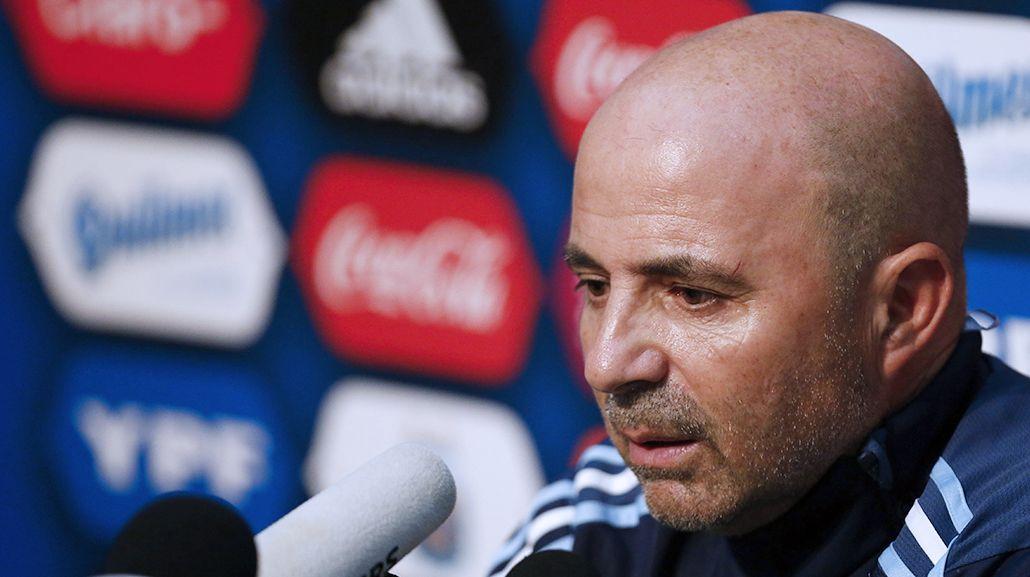 Sampaoli confía en el volante de la Lazio para llevar la cinta