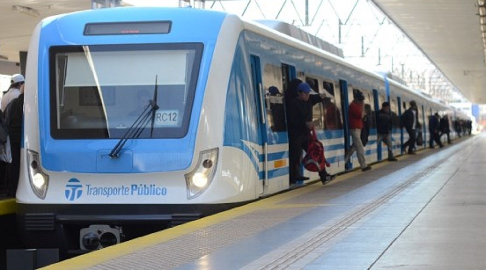 Los trenes del Gran Buenos Aires funcionan con servicio limitado: el cronograma