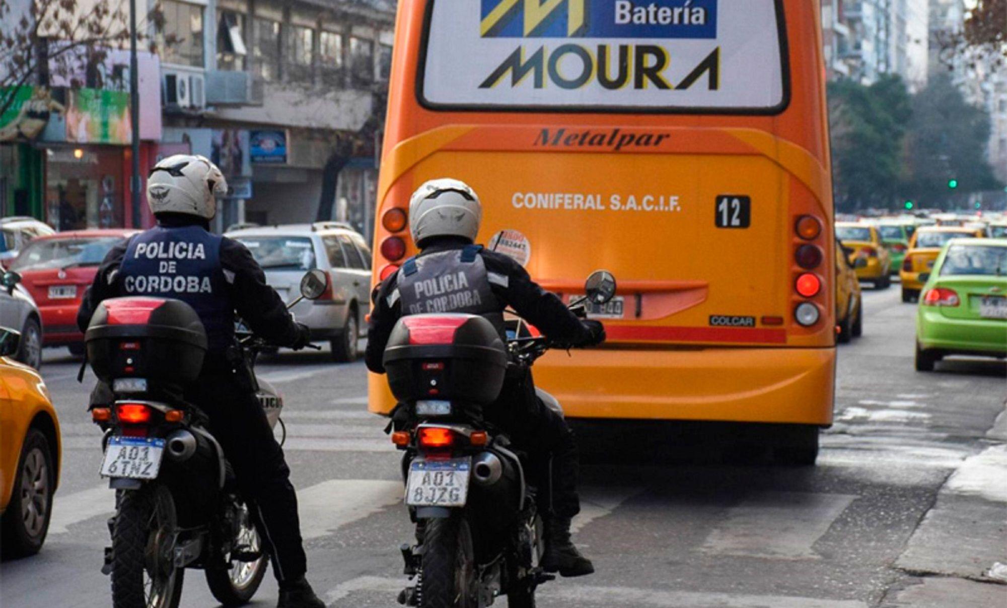 Tensión en Córdoba: circularán los colectivos con fuerzas de seguridad