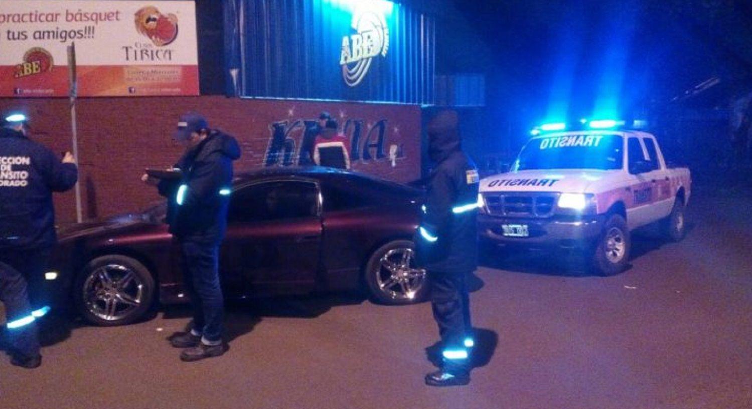 Un funcionario fue detenido porque manejaba borracho y sin licencia