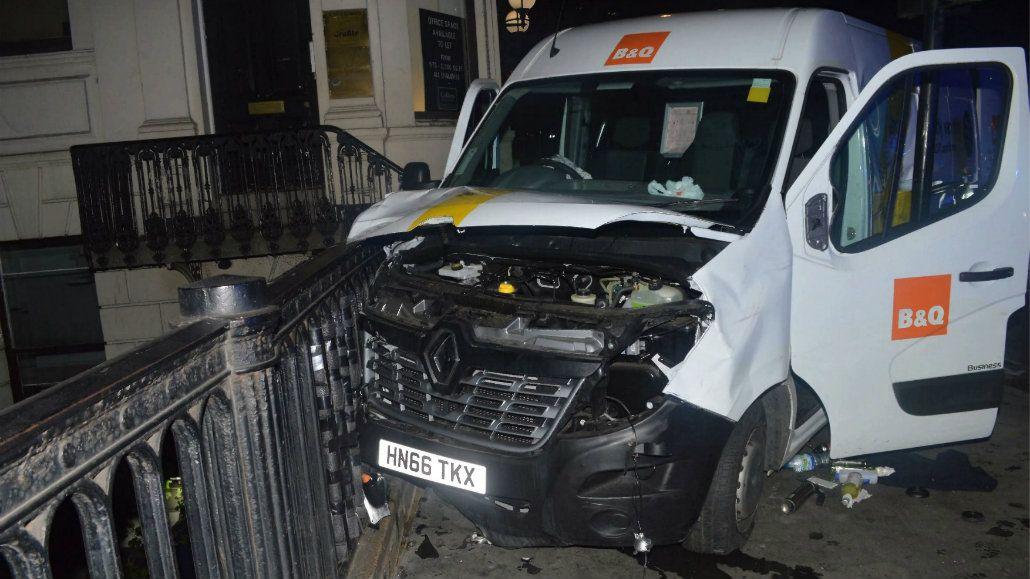 La camioneta que finalmente alquilaron los terroristas para su ataque
